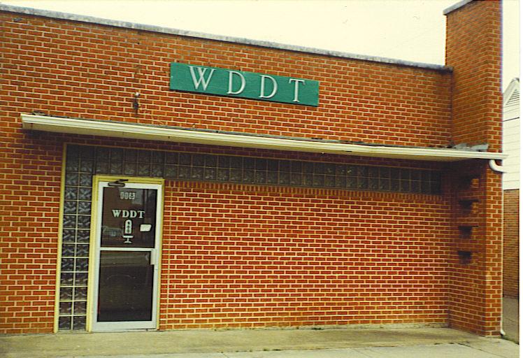 WDDT1981.jpg (170690 bytes)